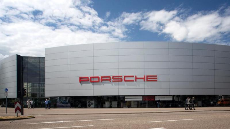 Porsche taxi